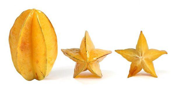 Fruta Estrella entera y cortes finos